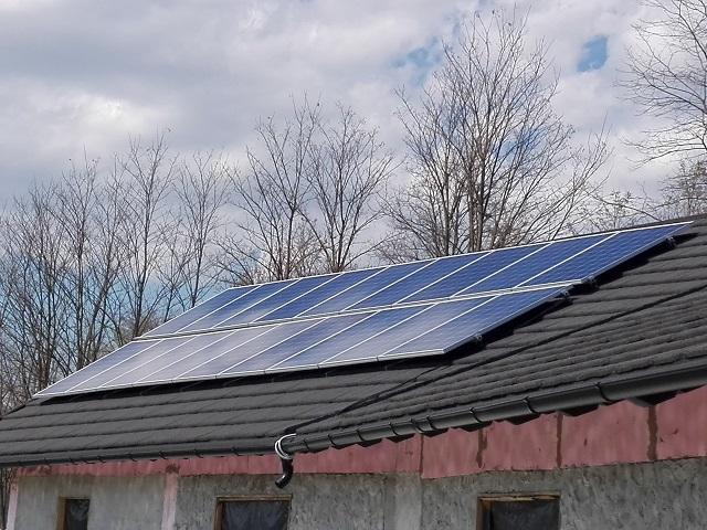 Panouri fotovoltaice Fălticeni